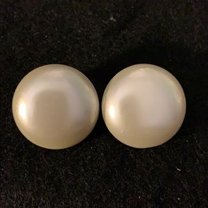 MID-CENTURY FAUX PEARL CLIP ON JAPAN EARRINGS